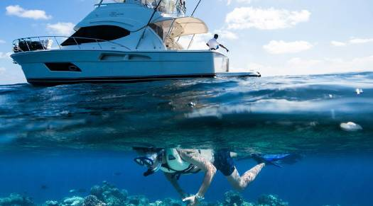 Snorkelling at Gili Lankanfushi